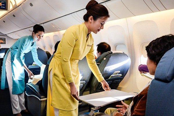 Đồng phục Vietnam Airlines qua các thời kỳ - Ảnh 6.