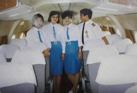 Đồng phục Vietnam Airlines qua các thời kỳ - Ảnh 2.