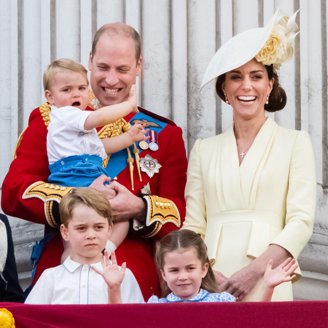 Nguyên do Hoàng tử William hết lòng yêu thương vợ, đó là bởi trước khi mất Công nương Diana đã đến tận trường học nói với con trai câu này - Ảnh 1.