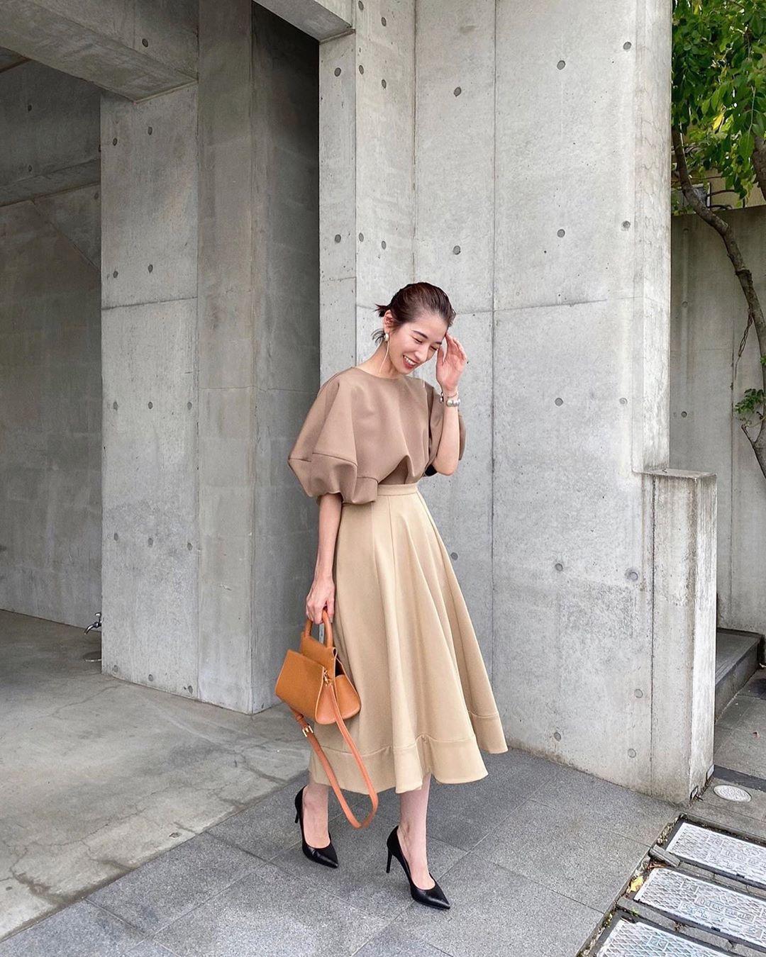 Nàng công sở Nhật chỉ cao 1m58 vẫn mặc đẹp hack dáng khiến đồng nghiệp phải khen ngợi - Ảnh 10.
