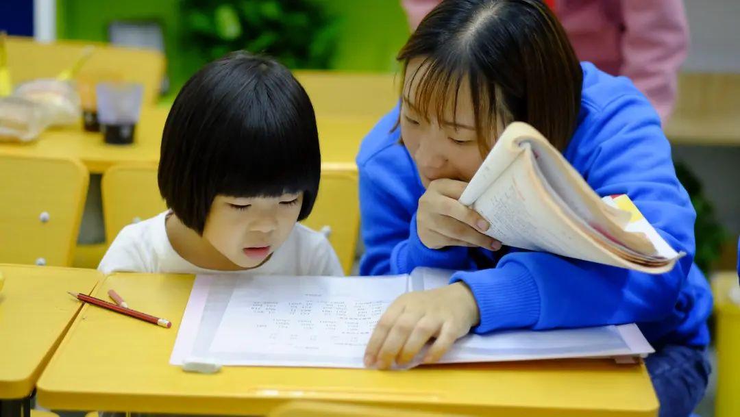 Khi phụ nữ Trung Quốc mất quyền tự do sinh đẻ: Ngay cả việc mang thai cũng phải xếp hàng và hậu quả khôn lường nếu như dám sinh sớm - Ảnh 2.