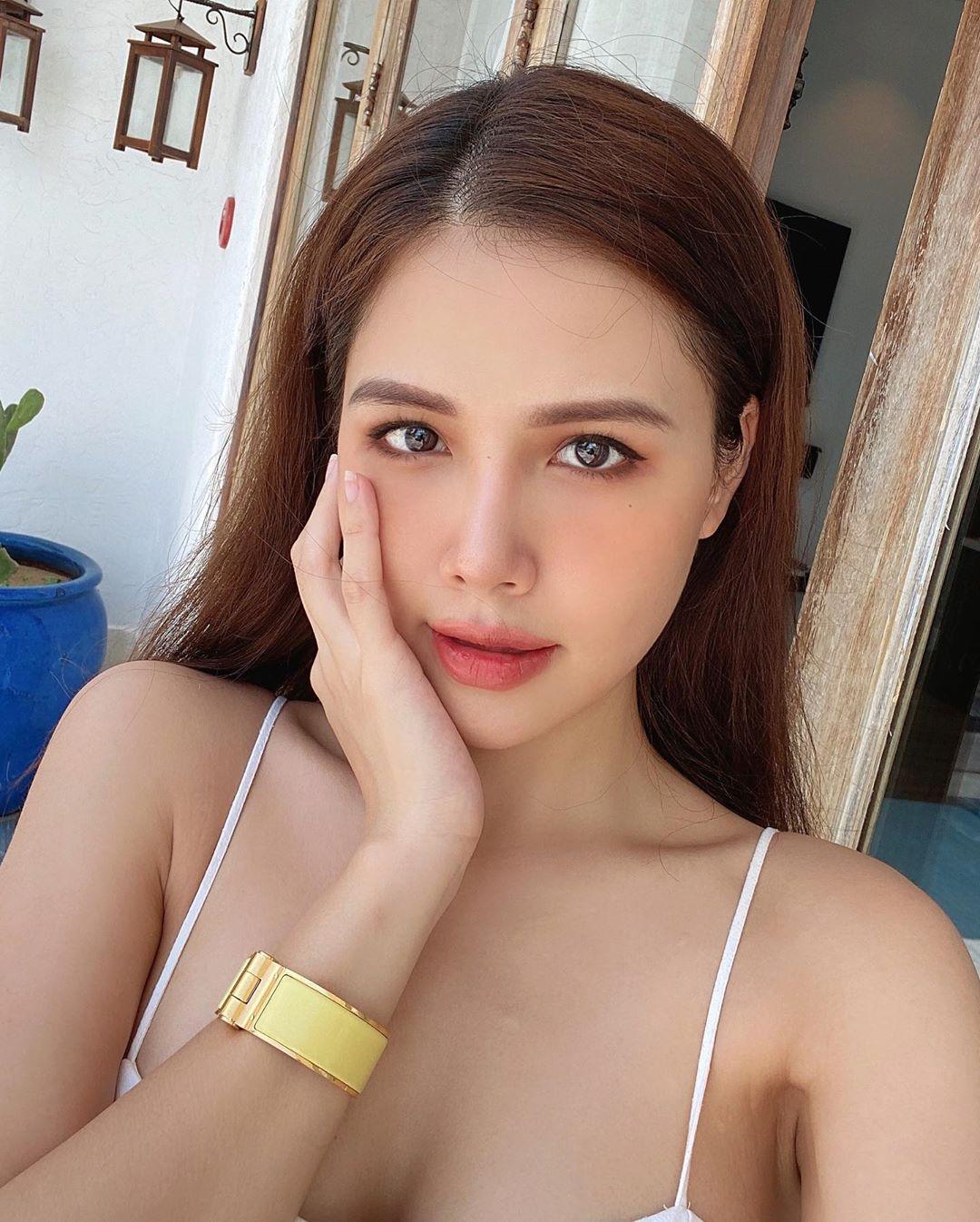 Phanh Lee khoe làn da mịn màng tuổi 30, bật mí tuyệt chiêu không cần kem nền mà da vẫn căng mọng - Ảnh 8.