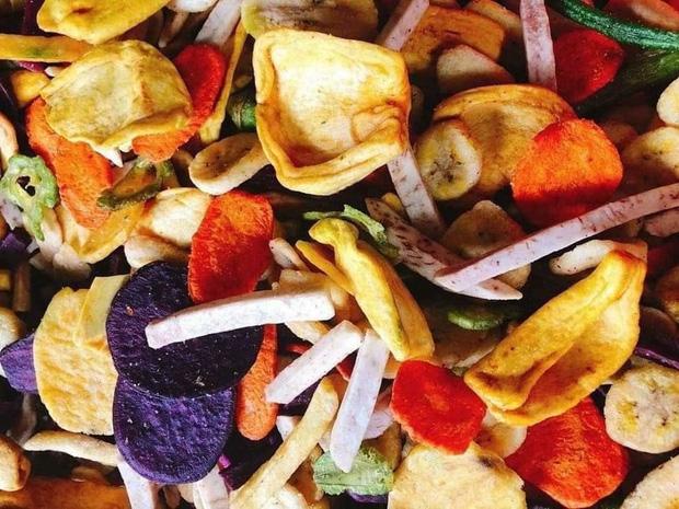 """Dù đã """"bóp mồm bóp miệng"""" khi ăn uống nhưng bạn vẫn không ngừng tăng cân: đó có thể là do 4 nguyên nhân sau - Ảnh 4."""