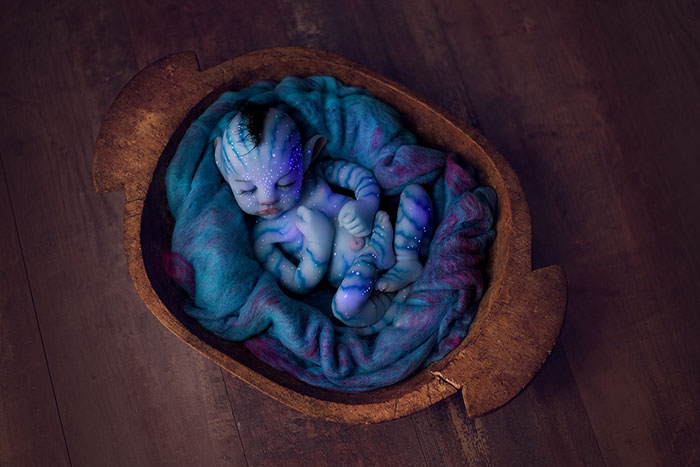 Sự thật về những em bé ngoài hành tinh khiến dân mạng nổi da gà và tranh cãi gay gắt: Là người thật hóa trang hay búp bê? - Ảnh 3.