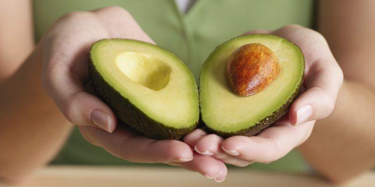 3 loại quả gây tăng cân nhanh hơn ăn thịt nhưng nhiều người vẫn tin tưởng sử dụng chúng để giảm cân, đặc biệt là loại đầu tiên - Ảnh 2.
