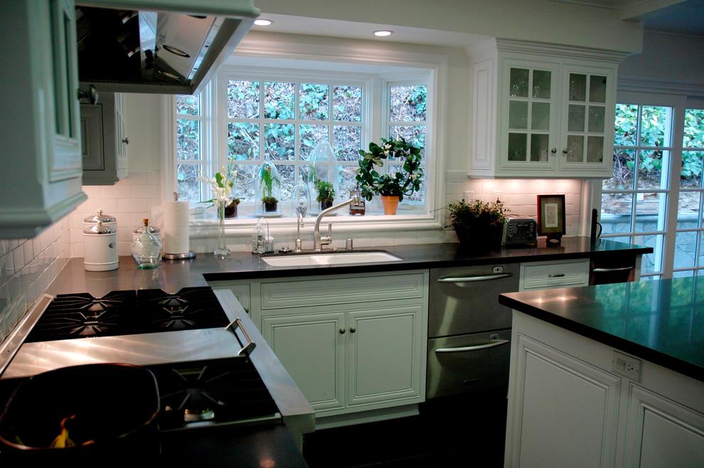 """Những phòng bếp đẹp """"phát hờn"""" chỉ nhờ có cửa sổ - Ảnh 5."""