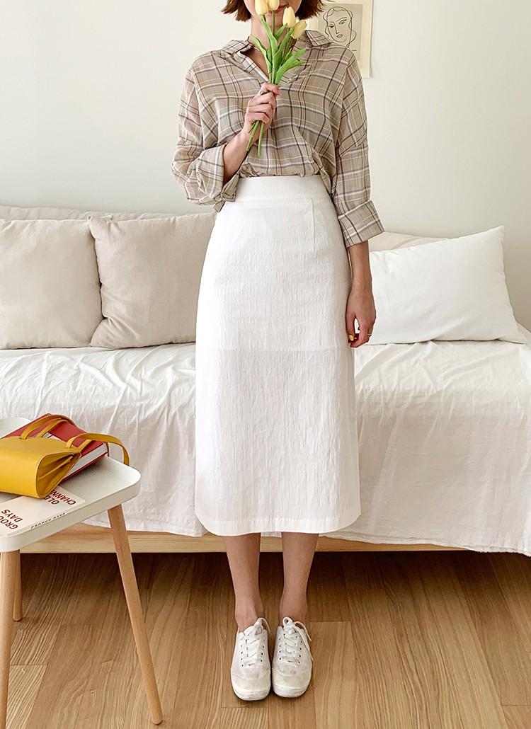 3 kiểu chân váy team nấm lùn mặc lên là cao ráo, thanh thoát ngoài sức tưởng tượng - Ảnh 7.