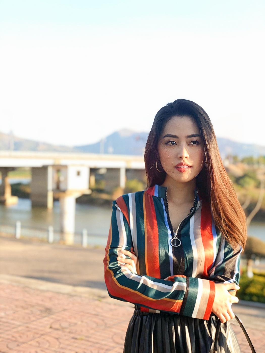 Nữ MC truyền hình 22 tuổi thi HHVN 2020: Các bạn đua theo xu hướng Kpop hay Âu Mỹ, mình chỉ chuộng style đơn giản chuẩn chỉnh tác phong nhà đài - Ảnh 14.