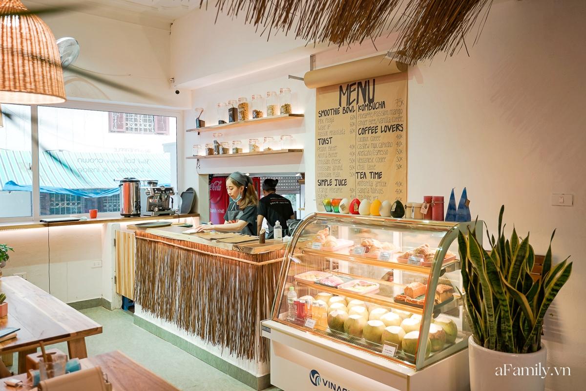 """Khám phá tiệm cafe kiêm khách sạn sang chảnh giữa lòng Hà Nội, nơi duy nhất có bể bơi trong quán theo phong cách Bali giúp chị em """"sống ảo"""" như đi du lịch  - Ảnh 5."""