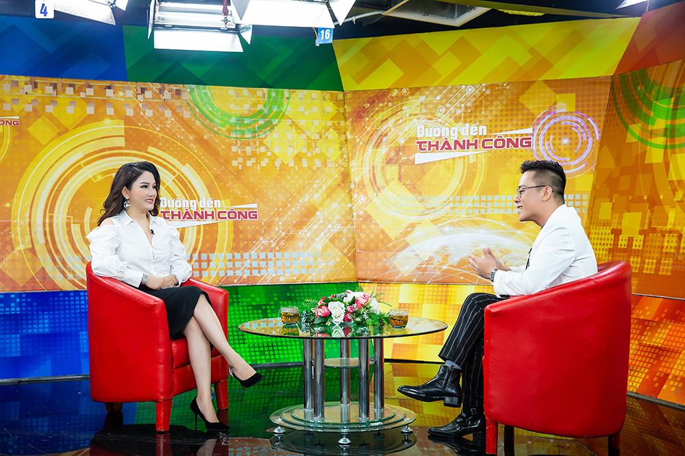 """CEO Xuân Hương chia sẻ bí mật làm nên nhan sắc không tuổi của mình: """"Muốn đẹp trước hết phải an toàn"""" - Ảnh 5."""