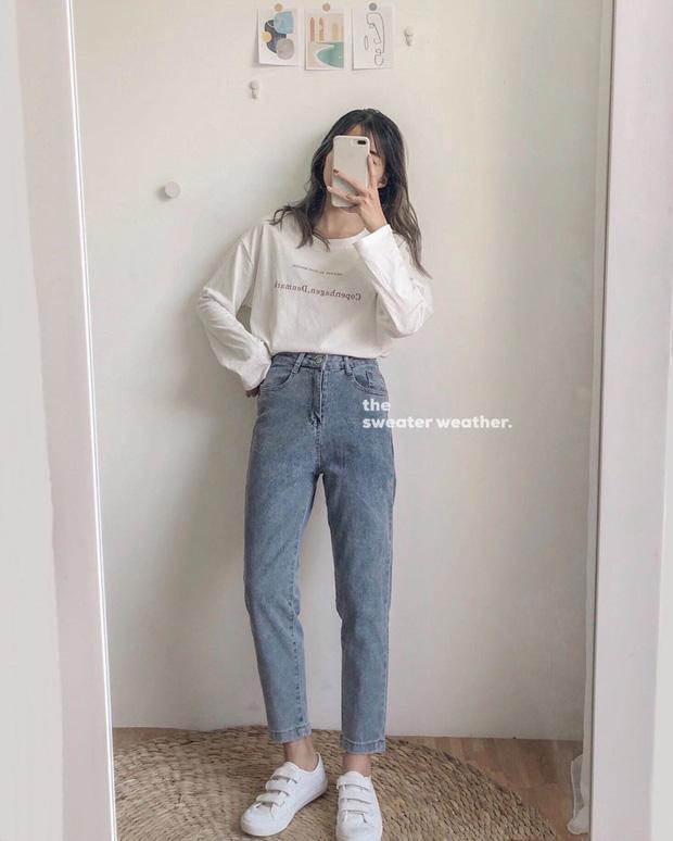 Nếu chỉ sắm 1 kiểu quần jeans, hãy chọn jeans ống đứng: Che nhược điểm đôi chân, mix với áo nào cũng đẹp mà giá chưa đến 200k - Ảnh 4.