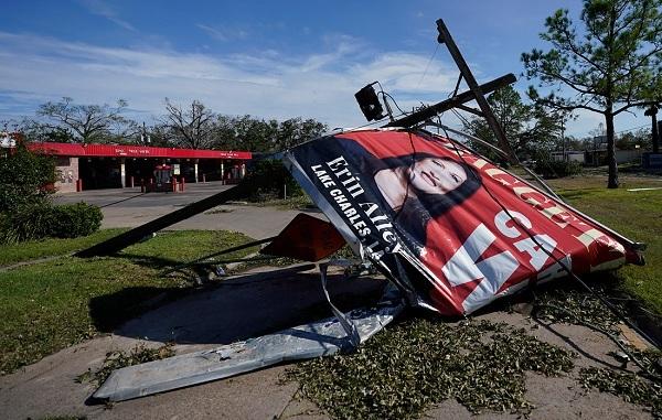 Bão Laura 'quét' qua Texas, Mỹ khiến 14 người thiệt mạng - Ảnh 6.