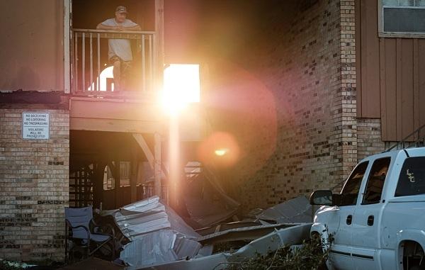 Bão Laura 'quét' qua Texas, Mỹ khiến 14 người thiệt mạng - Ảnh 8.