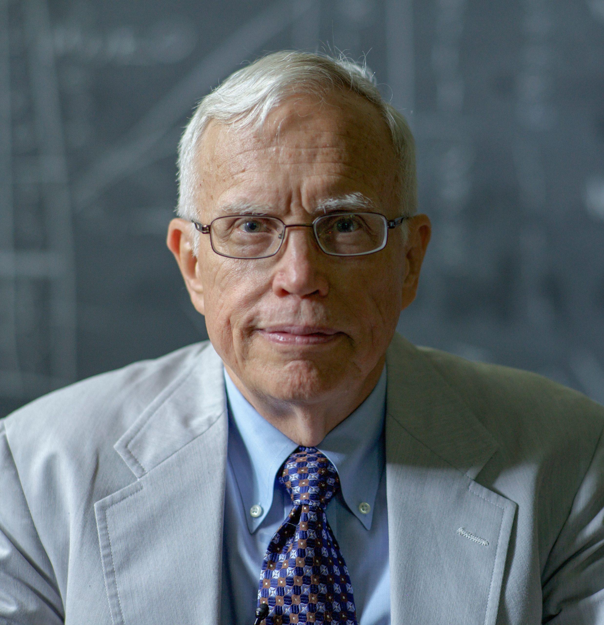 Đừng cho rằng cứ thông minh là sẽ giàu, cuộc đời vốn không đơn giản như vậy và nhà kinh tế từng đoạt giải Nobel này sẽ tiết lộ lý do! - Ảnh 4.