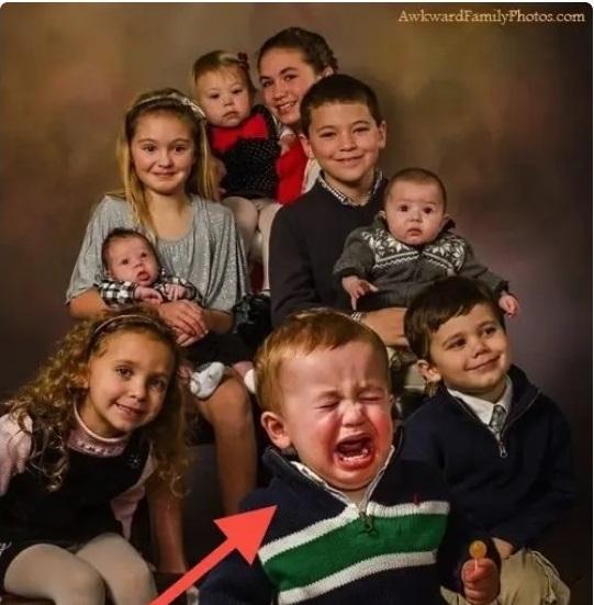 """Cười đau ruột khi xem chùm ảnh: không """"troll"""" nhau khi chụp hình không phải là anh chị em ruột - Ảnh 7."""