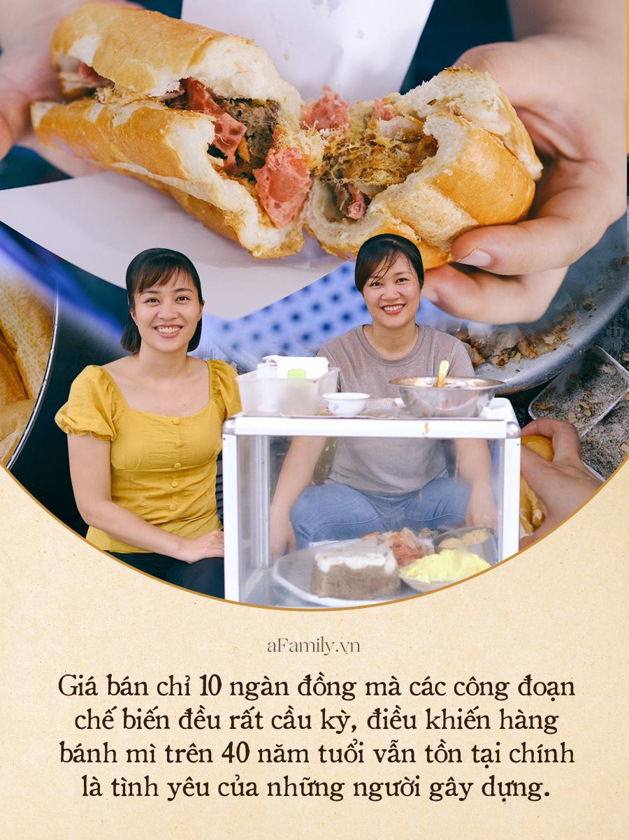 Hàng bánh mì Hà Nội có từ thời bao cấp, mỗi ngày bán 400 chiếc, ngay trung tâm phố cổ nhưng giá chỉ 10 ngàn - Ảnh 6.