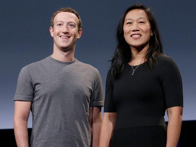 Là ông chủ Facebook nhưng chính Mark Zuckerberg cũng không dám đăng ảnh con lên MXH, nguyên nhân khiến nhiều phụ huynh lo sợ - Ảnh 1.