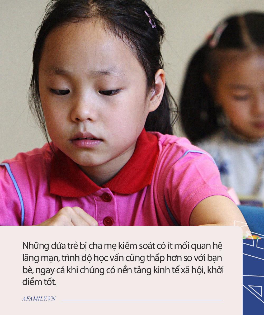 Nghiên cứu 19 năm chỉ ra tác hại nghiêm trọng của việc bố mẹ kiểm soát con quá mức, đọc xong mà giật mình! - Ảnh 2.