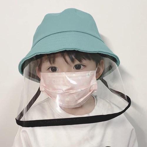 Hàng loạt cơ quan y tế lớn khuyến cáo không cho trẻ dưới 2 tuổi đeo khẩu trang vì điều nguy hiểm này - Ảnh 3.