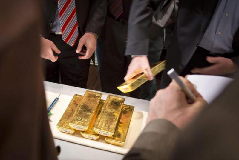Bà nội trợ Sài Gòn 42 tuổi lỗ nặng gần 100 triệu sau 9 năm đầu tư mua vàng cất lúc giá lên đỉnh 49 triệu/lượng - Ảnh 2.