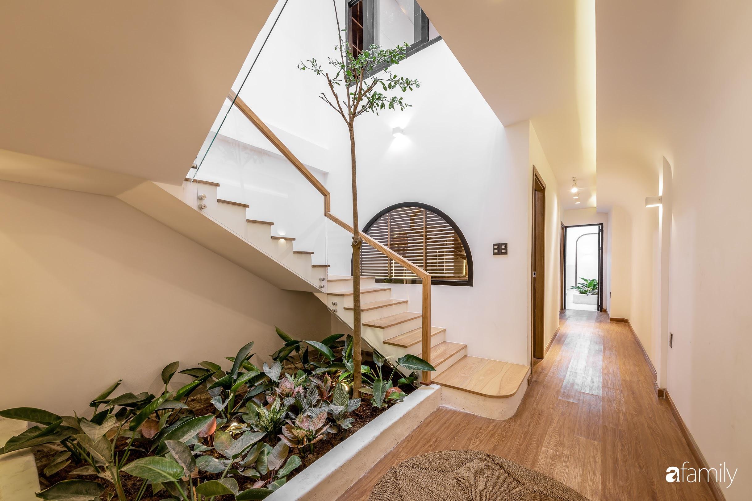 Nhà phố Tiền Giang đẹp hài hòa với thiết kế hiện đại, bố trí nội thất thông minh với chi phí 1,8 tỉ đồng - Ảnh 2.