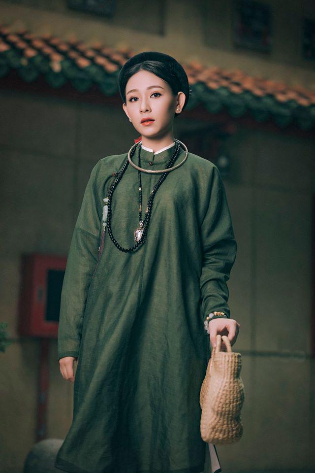 """Nhóm học sinh cấp 3 tìm về nét đẹp truyền thống, diện nguyên dàn cổ phục Việt chụp ảnh kỷ yếu, nhanh chóng thành tạo """"hot trend"""" trên mạng xã hội - Ảnh 15."""