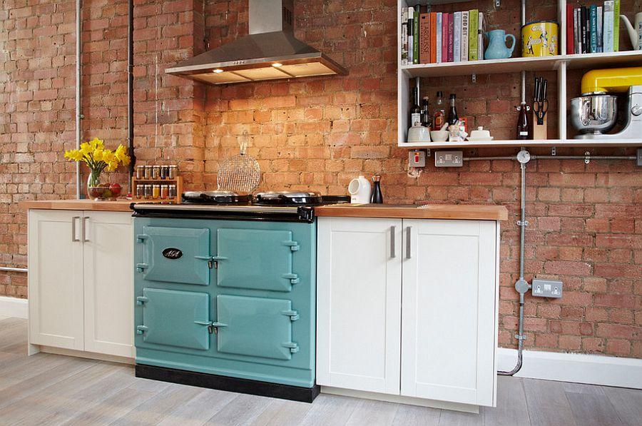 Gợi ý thiết kế căn bếp nhỏ xịn sò với những bức tường gạch trần duyên dáng - Ảnh 12.