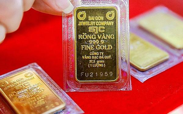 Giá vàng đảo chiều tăng mạnh hơn 1 triệu đồng/lượng ngay khi mở cửa - Ảnh 2.