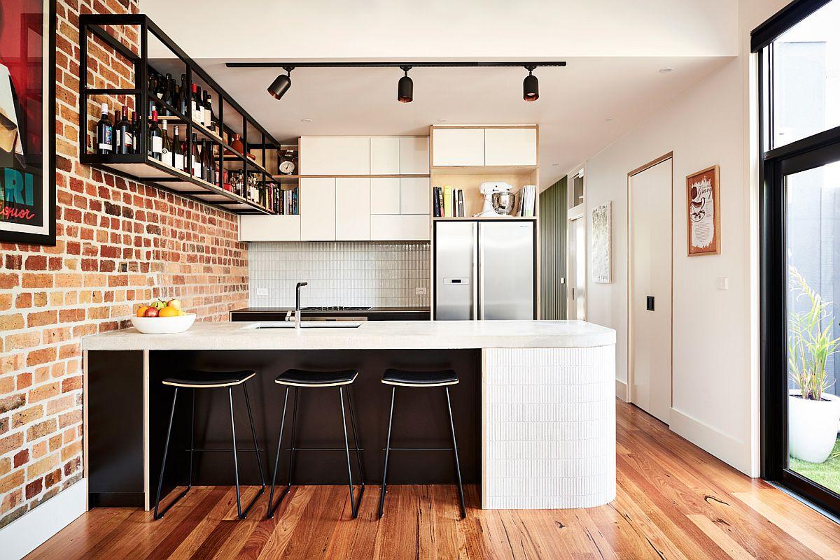 Gợi ý thiết kế căn bếp nhỏ xịn sò với những bức tường gạch trần duyên dáng - Ảnh 1.