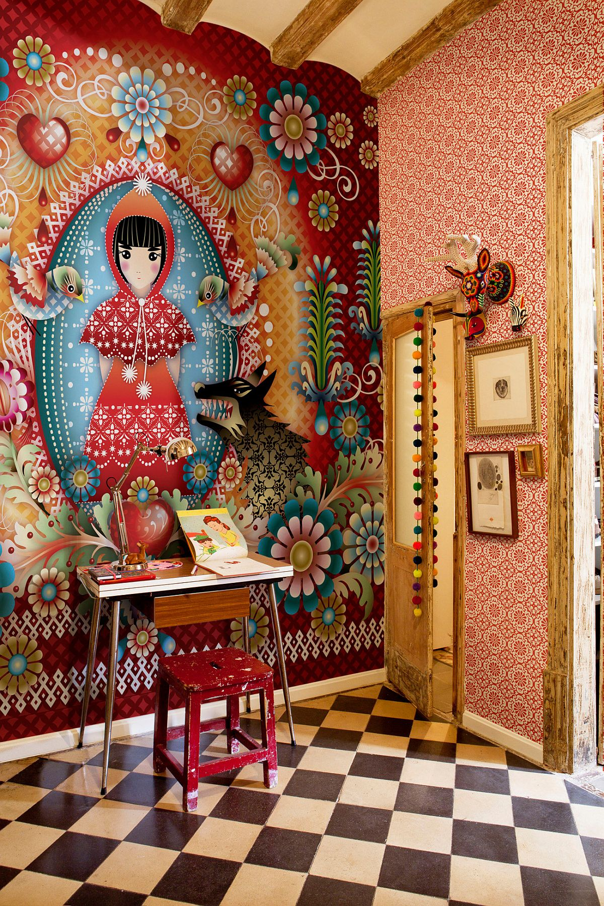 Phòng làm việc nhỏ tại nhà với phong cách chiết trung đầy màu sắc - Ảnh 1.