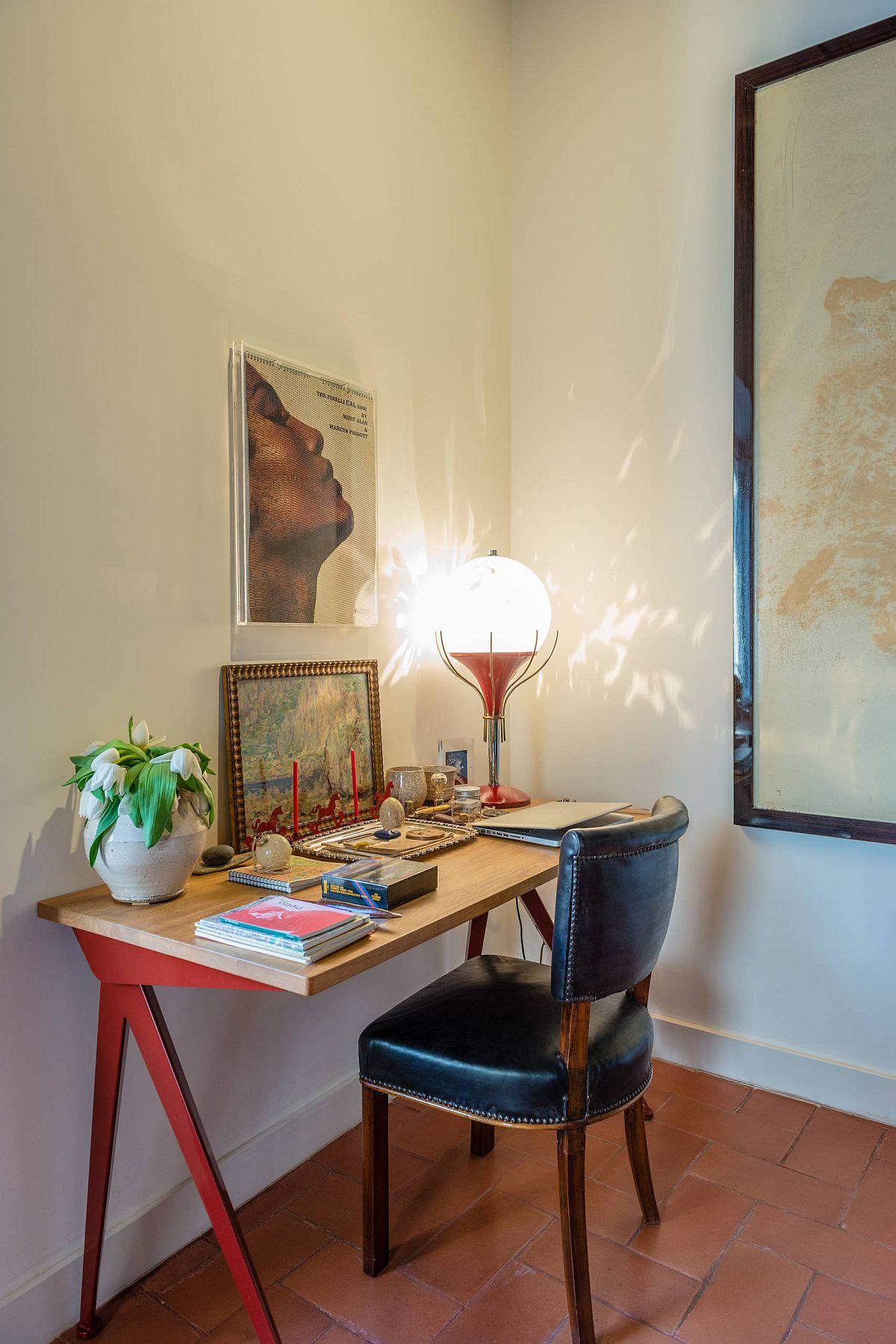 Phòng làm việc nhỏ tại nhà với phong cách chiết trung đầy màu sắc - Ảnh 14.