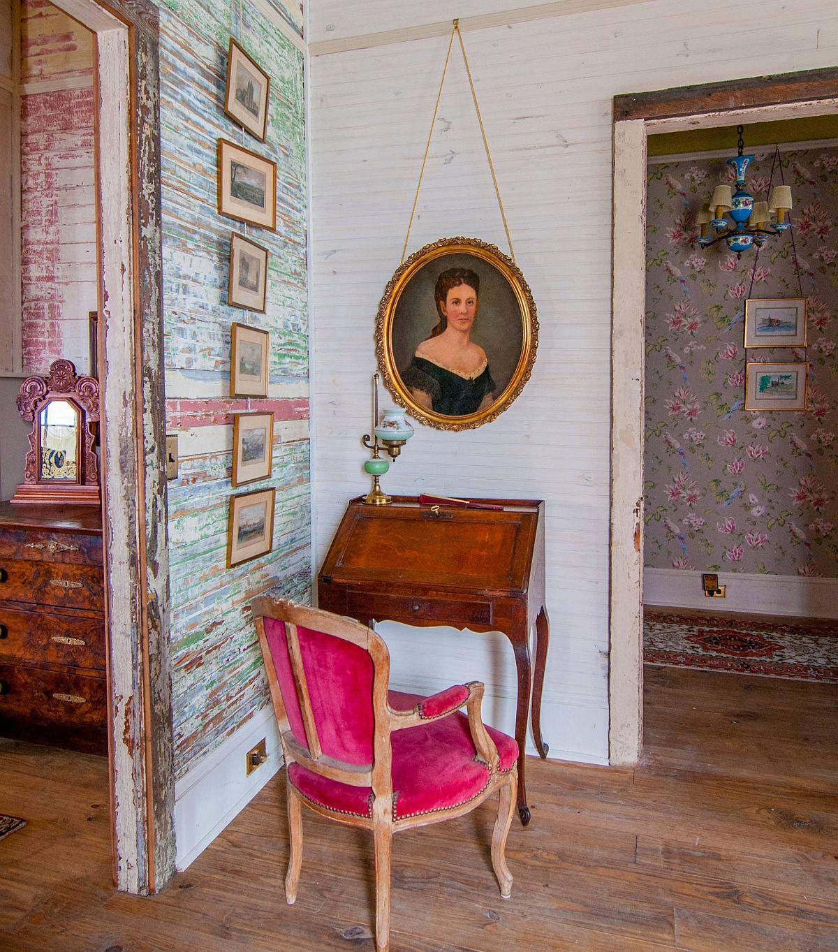 Phòng làm việc nhỏ tại nhà với phong cách chiết trung đầy màu sắc - Ảnh 2.
