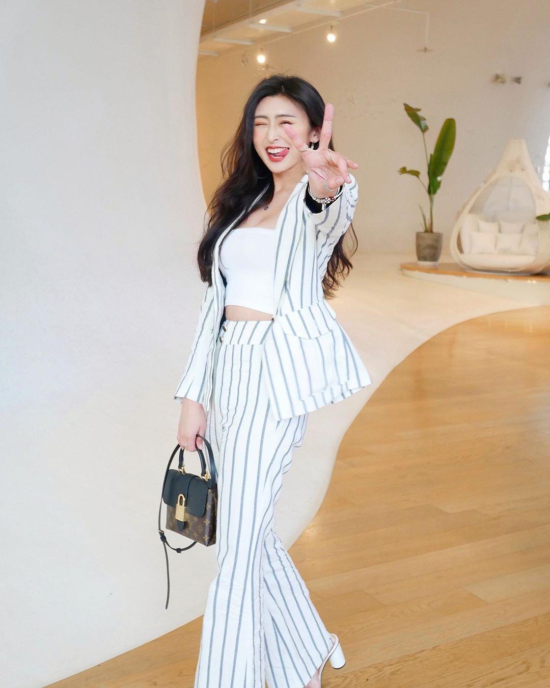 Chân dài nổi tiếng nhưng Seo Ye Ji cũng từng dìm dáng thảm hại vì chọn nhầm bộ suit khiến chân ngắn một mẩu - Ảnh 9.