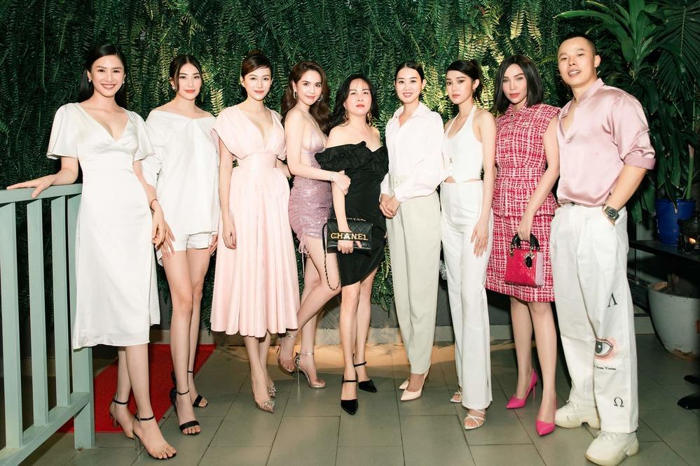 Phượng Chanel lên đồ khác biệt, chiếm spotlight tại tiệc mừng của Ngọc Trinh - Ảnh 4.