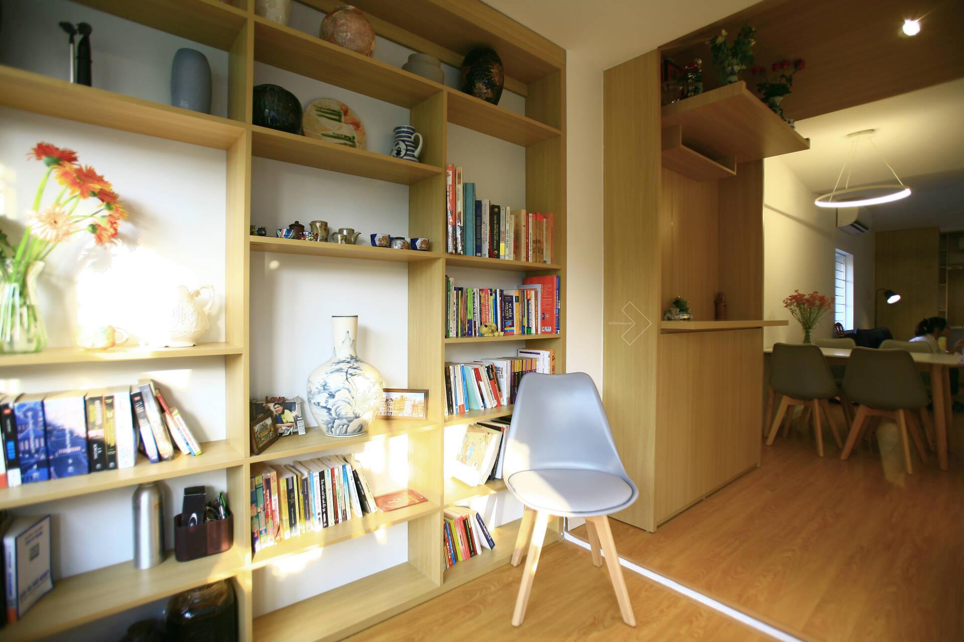 """""""Chuồng cọp"""" chật hẹp của nhà tập thể cũ 70m² biến thành không gian ấm cúng, rộng rãi với chi phí 320 triệu đồng ở Hà Nội  - Ảnh 10."""