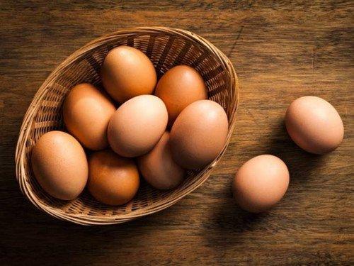2 bà cháu ngộ độc nặng sau bữa tối, nguyên nhân đến từ một sai lầm khi ăn trứng gà mọi gia đình đều từng mắc phải - Ảnh 3.
