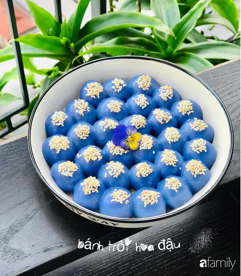 """Mẹ đảm tại Hà Nội chỉ cách trồng cây đậu biếc xanh tốt trong vườn nhà, còn lấy hoa làm đủ món ai nhìn cũng """"phát mê"""" - Ảnh 6."""