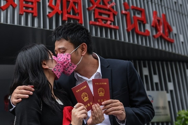 Tình trạng ly hôn tăng nhanh, Trung Quốc nghĩ cách đối phó - Ảnh 1.