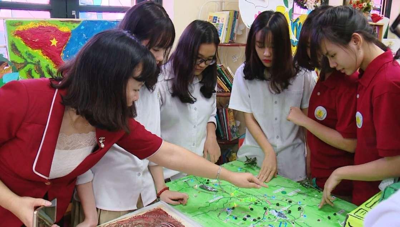 Học sinh cả nước vỗ tay ăn mừng sau Thông tư số 26 của Bộ GD&ĐT: Loại bỏ điểm 1 tiết, kiểm tra viết được phép thực hiện trên máy tính - Ảnh 3.