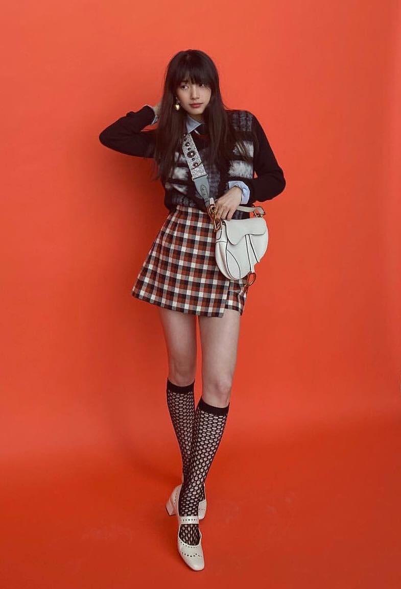 """Suzy tiếp tục đụng Jisoo nhưng lần này đánh bật """"Hoa hậu Hàn Quốc"""" nhờ kiểu tóc mái xinh yêu quá thể - Ảnh 2."""
