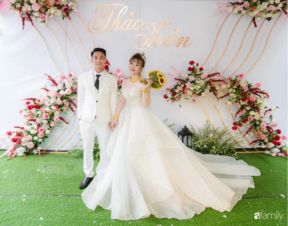 Nghe cô dâu Cần Thơ mách cách tự lên ý tưởng để trang trí tiệc cưới tiết kiệm, đẹp lung linh chỉ hết hơn 10 triệu trong mùa dịch - Ảnh 2.