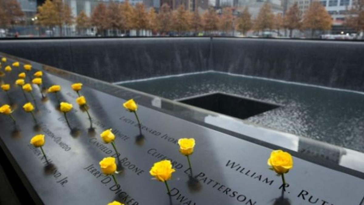 Mỹ tưởng niệm sự kiện 11/9 trong bối cảnh đặc biệt - Ảnh 1.