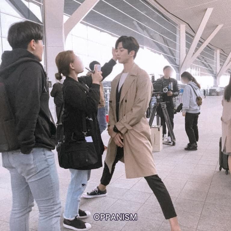 Làm stylist, makeup cho sao nam Hàn là sướng nhất: Được ngắm trai đẹp còn có cả loạt khoảnh khắc thòng tim như ngôn tình đời thực - Ảnh 8.