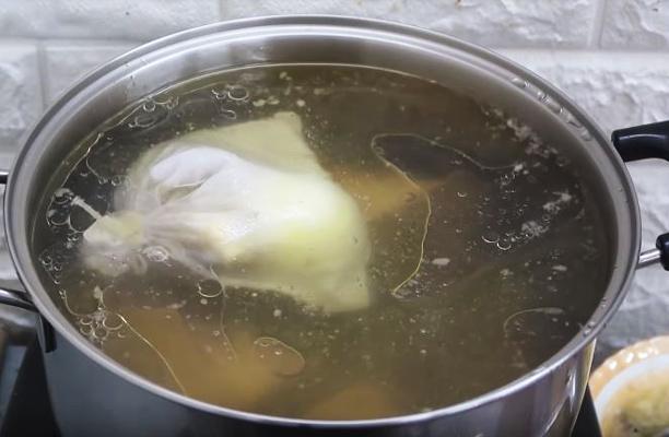Nấu phở ngại nhất và khó nhất là nước dùng, và đây là trọn bộ bí kíp nấu nước dùng phở ngon ngọt nhất - Ảnh 9.