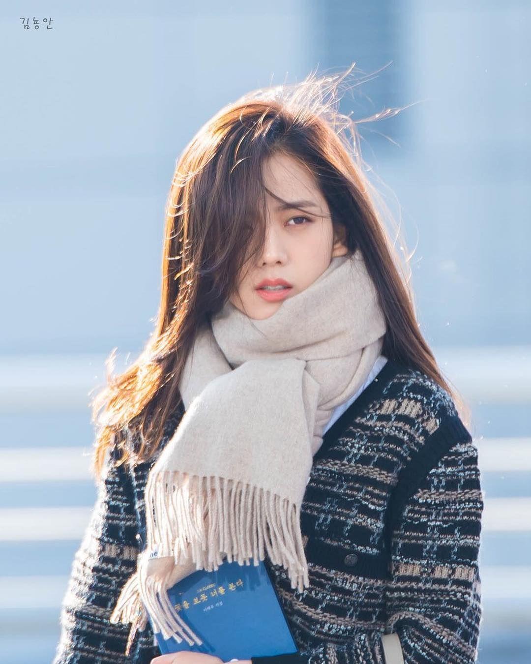 Jisoo có một điểm tuyệt phẩm ít người để ý nhưng lại giúp cô luôn đẹp như nữ chính ngôn tình tại sân bay - Ảnh 2.