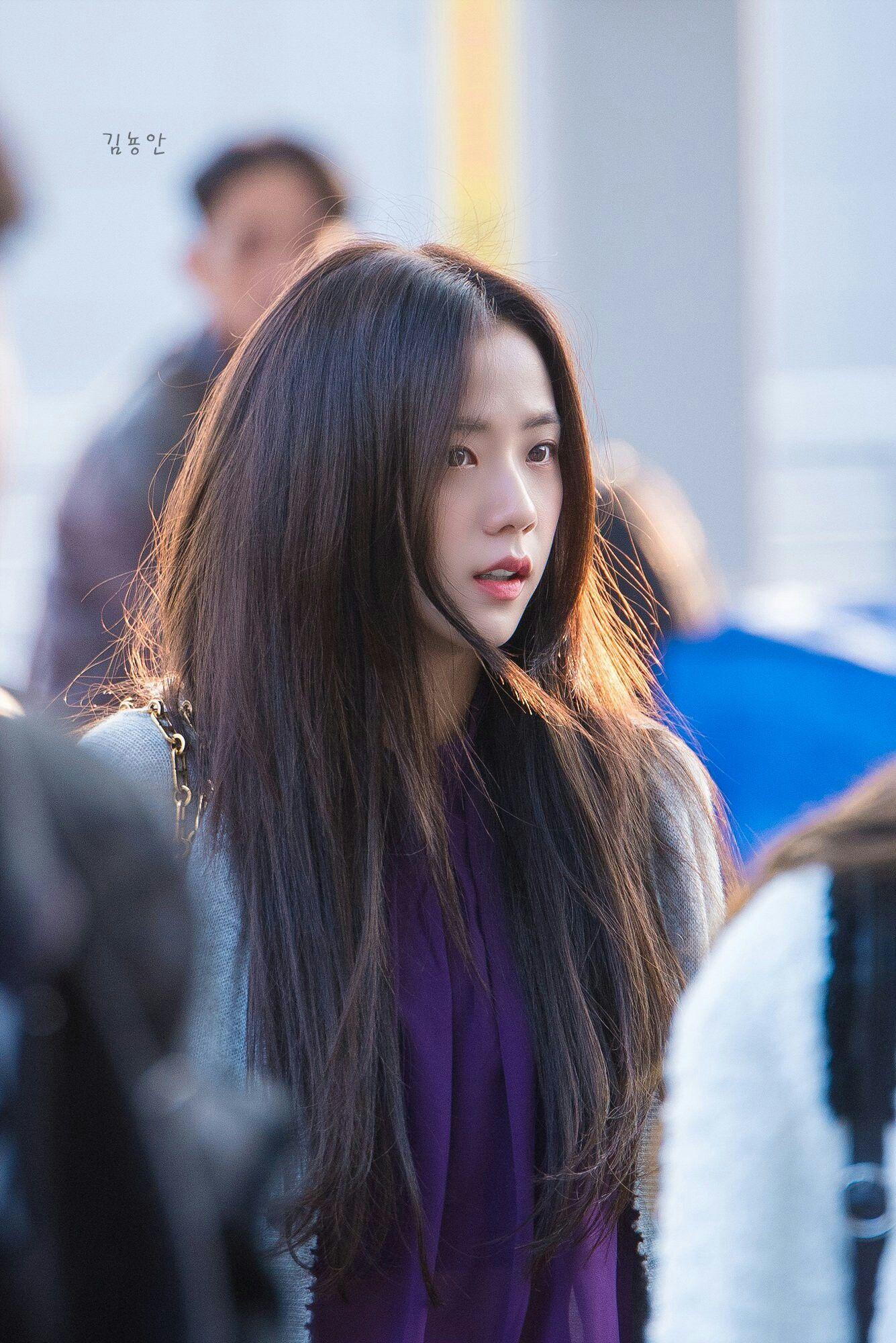 Jisoo có một điểm tuyệt phẩm ít người để ý nhưng lại giúp cô luôn đẹp như nữ chính ngôn tình tại sân bay - Ảnh 10.
