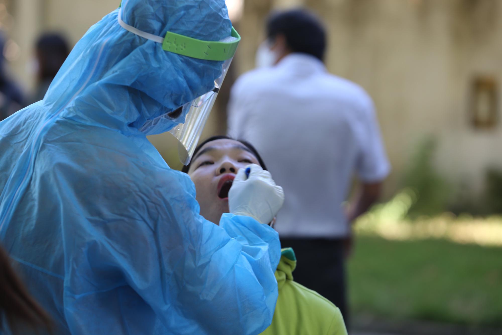 Thêm 2 bệnh nhân ở Quảng Nam tái dương tính với SARS-CoV-2 - Ảnh 1.