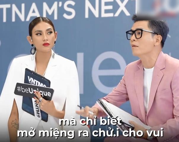 """Vietnam's Next Top Model: Thí sinh cosplay màn nhào lộn """"thảm họa"""" của Minh Hằng khiến Nam Trung - Võ Hoàng Yến đứng hình - Ảnh 5."""