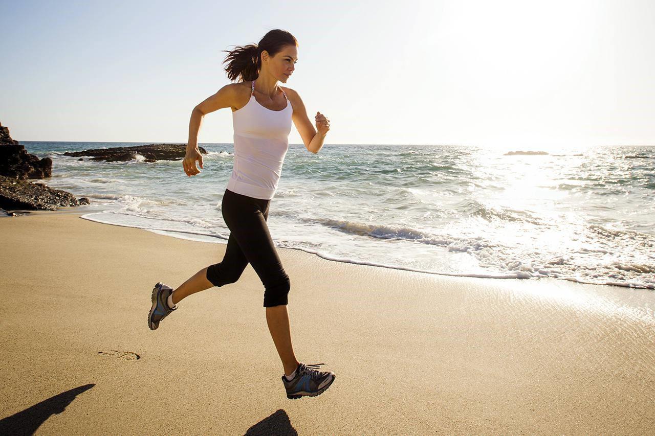 Tập thể dục rất tốt nhưng riêng phụ nữ cần tránh 3 sai lầm dưới đây để không làm tổn thương tử cung và ảnh hưởng đến cơ quan sinh sản - Ảnh 4.