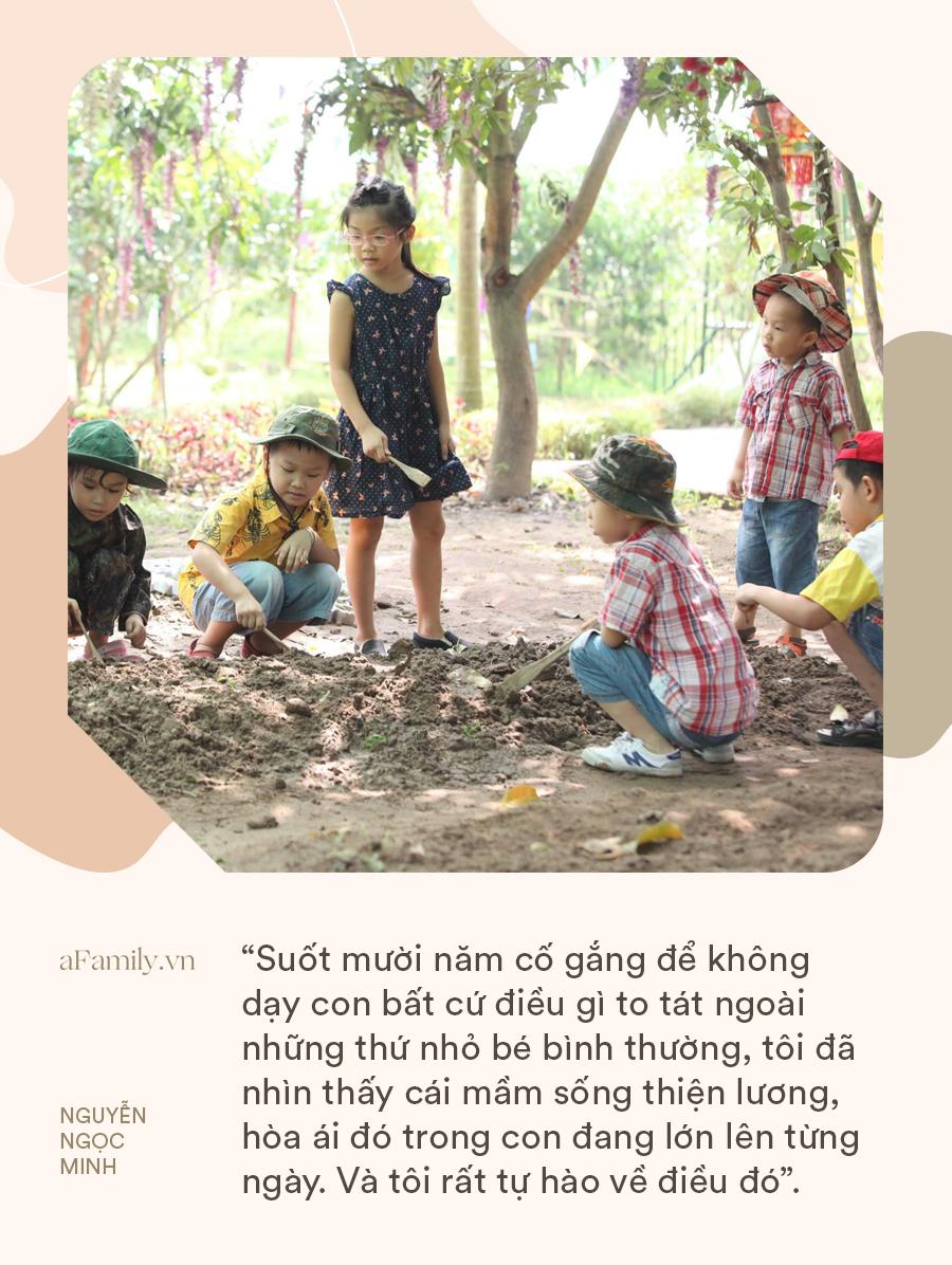 """Giảng viên Đại học Sư Phạm Hà Nội: """"Suốt mười năm, tôi cố gắng để không dạy con bất cứ điều gì to tát ngoài những thứ nhỏ bé bình thường"""" - Ảnh 1."""